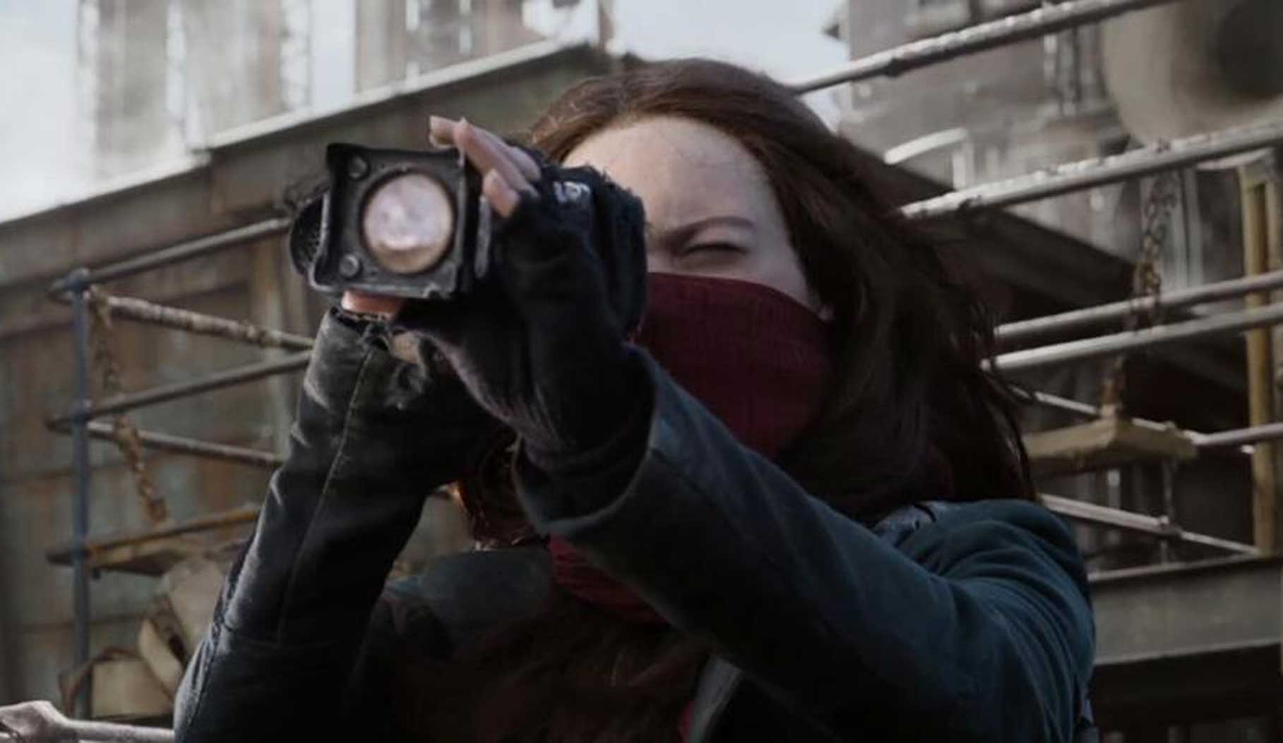 A Rebellion Is Afoot In The New Extended Look For Peter Jackson's 'Mortal Engines'
