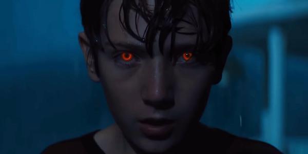 Brightburn red-band clip eyeballs a new kind of horror